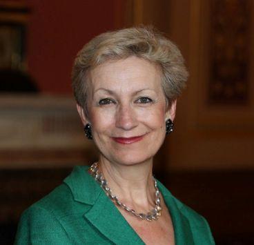 portrait of Dame Judith Macgregor