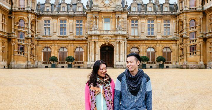Couple enjoying the grounds at Waddesdon Manor