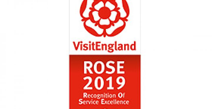Rose Awards 2019 logo