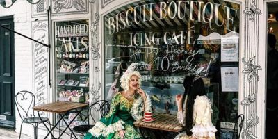 Two women in historical costume, Notting Hill, London