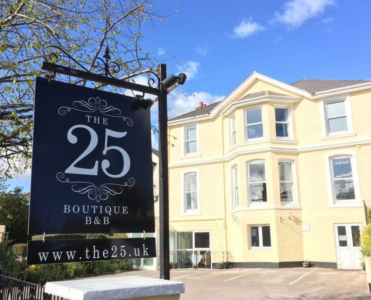 exterior of the 25 B&B, Gold winner of B&B and Guest House of the Year